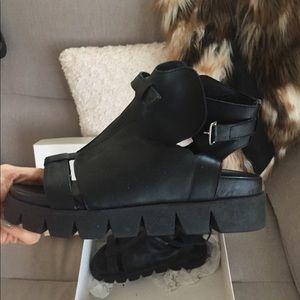 YOOX.com. Pierre Darre Sandal Boot Flatforms